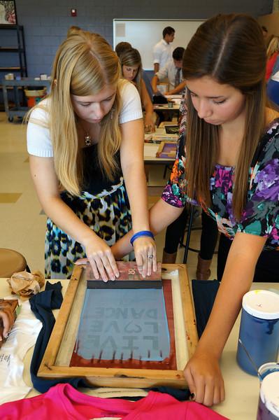 Lutheran-West-Art-Class-Silk-Screen-T-Shirts--September-2012--98.JPG