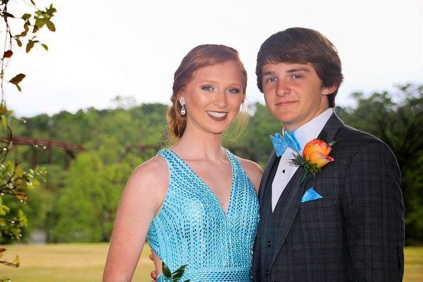Carsen and Allee | WCHS Prom 2019