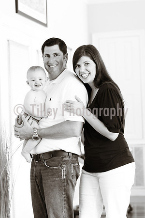 Krohn Family - 6 months