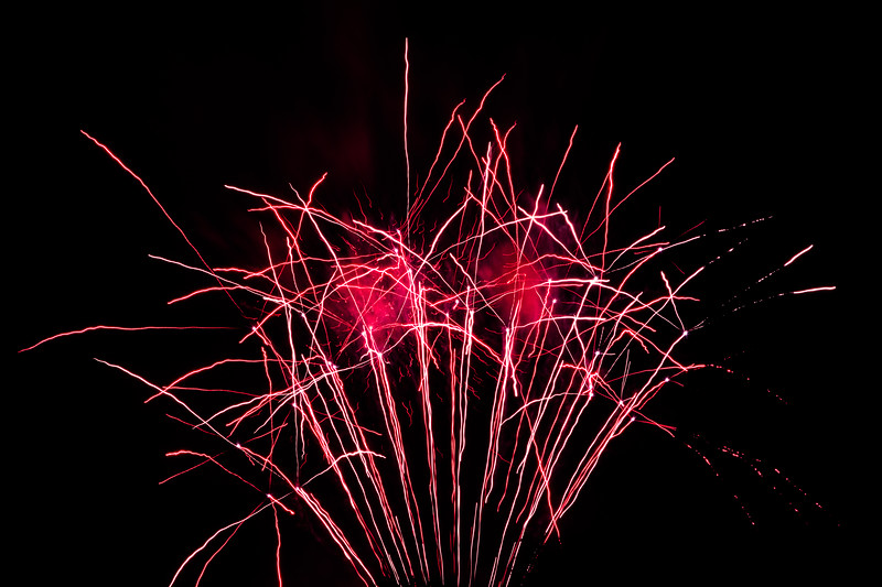 2018 - Dunorlan Park Fireworks 004_
