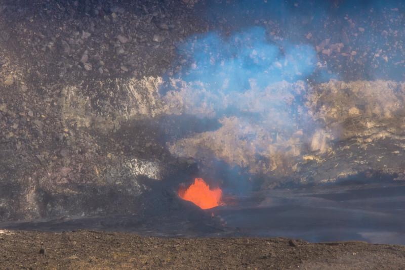 volcano eruption Halamaumau Crater LRE -3552.jpg