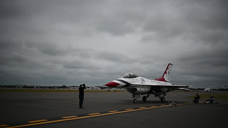Thunderbirds Land in Daytona