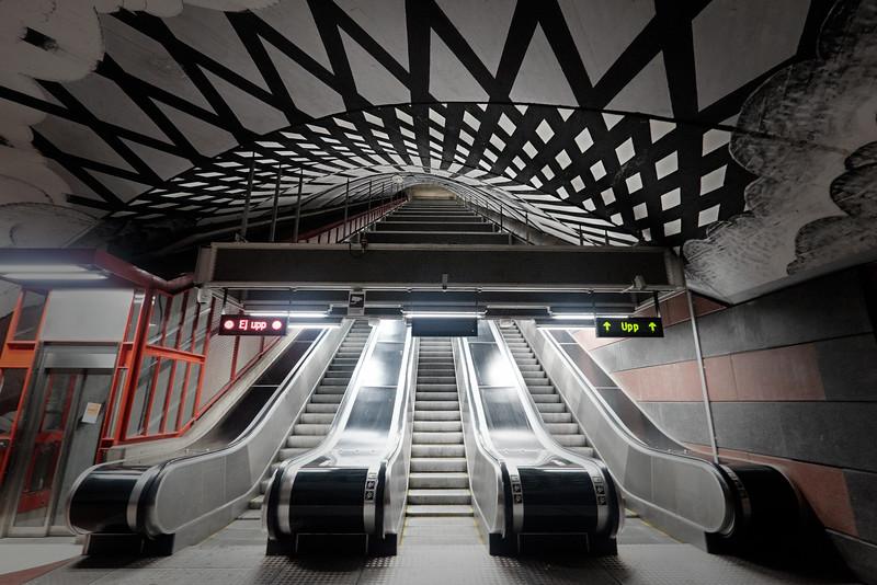 Underground Empire F5220.jpg