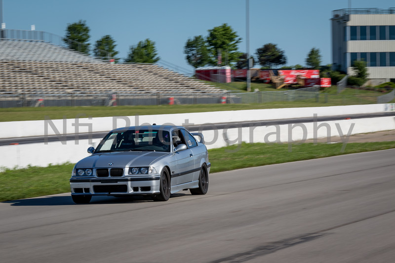 Flat Out Group 1-419.jpg