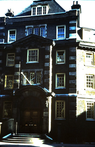 1959-1 GFS Francis Street, Victoria, London.JPG