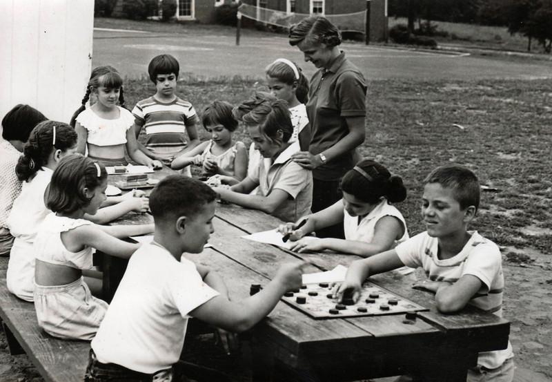 FRANKLIN SCHOOL PLAYGROUND 1965.jpg