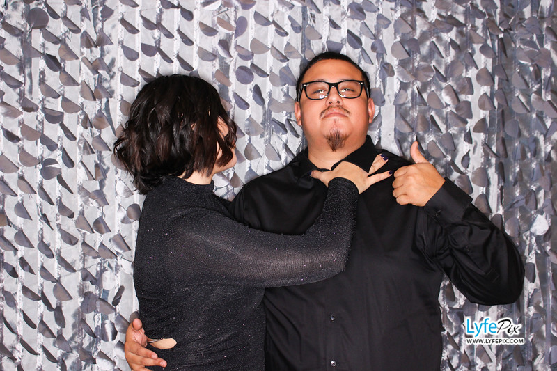 red-hawk-2017-holiday-party-beltsville-maryland-sheraton-photo-booth-0146.jpg