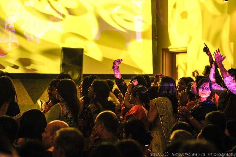 2016-10-09_DurgaPuja_Concert_KumarSanu@KallolNJ_19.jpg