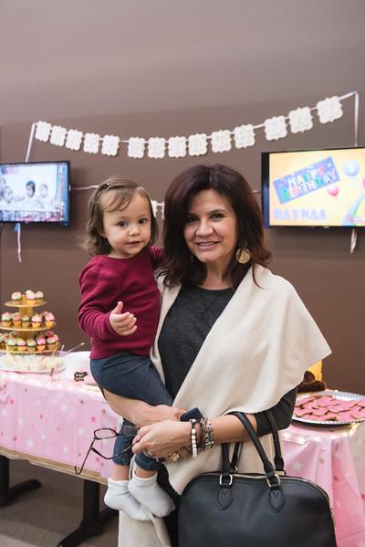 Raynaa 1 year old party-230.jpg