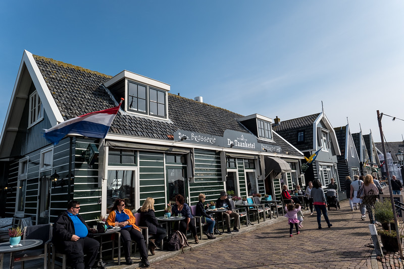 Restaurants By The Pier