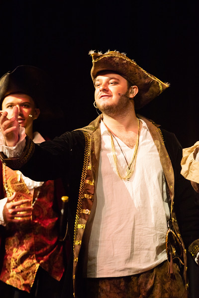 pirateshow-002.jpg