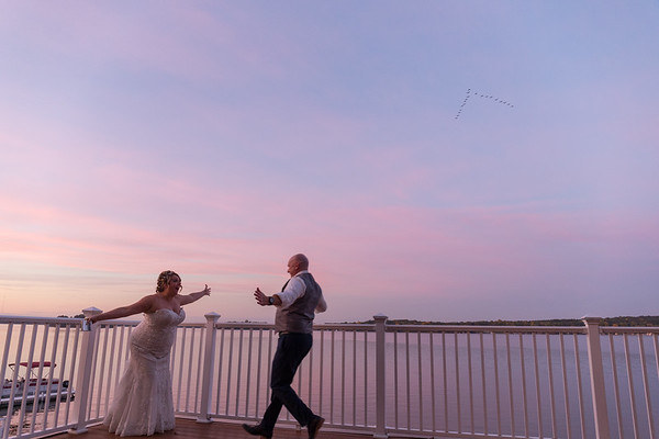 Jenifer + Ryan Boathouse Villa Bay Pointe Inn Wedding Photography