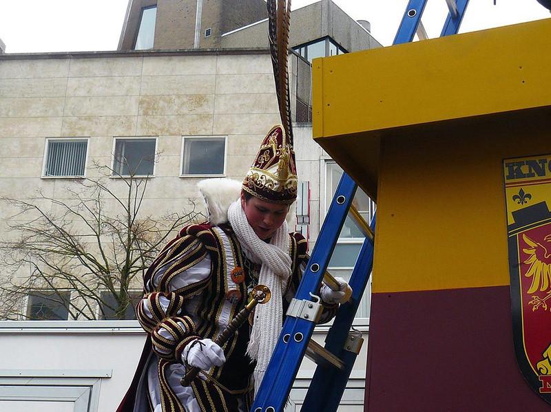 Onderscheiden van de Ridder van Knotsenburg