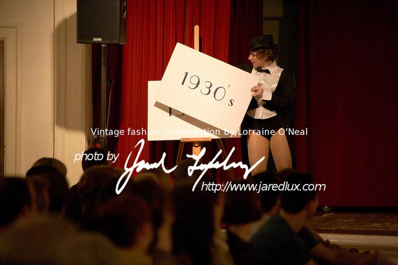 vintage_fashion_show_09_f0015816.jpg