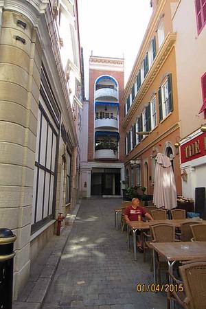 Gibraltar [Vivienne]