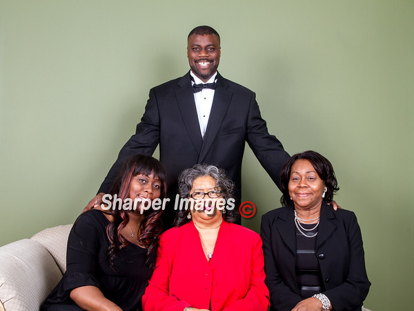 Shawan Campbell's Family Portrait Session 2014