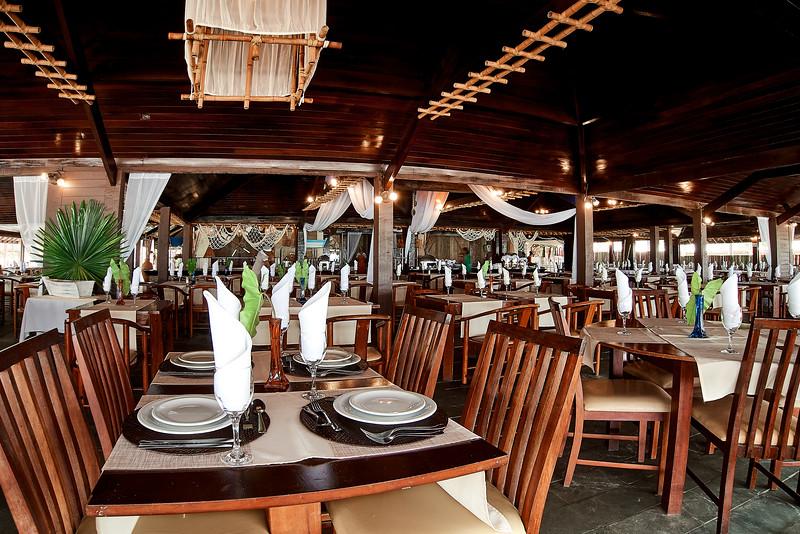 restaurant ocapora 1.jpg