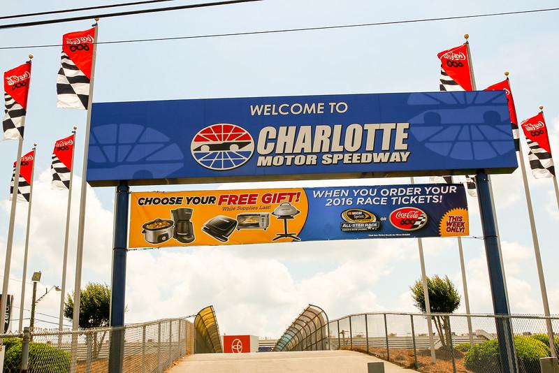 NASCAR_Lowes_007.jpg