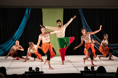 Act 8 - Bollywood Dhamaka / Agni Dance