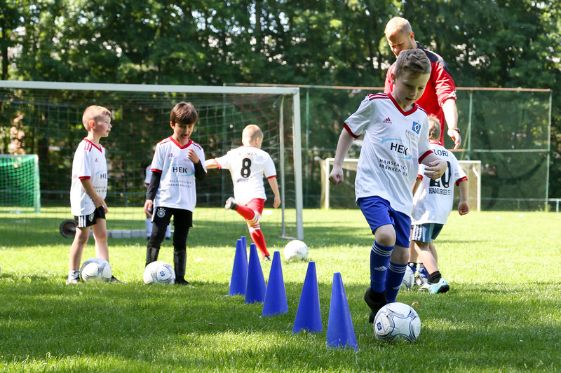 hsv_fussballschule-134_48047950091_o.jpg