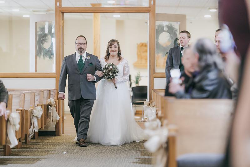 Johnna_Derek_Wedding_La_Casa_Grande_Beloit_Wisconsin_December_15_2018-141.jpg