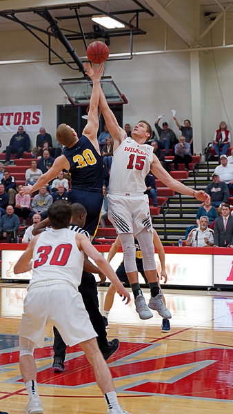 IWU Men's Basketball vs Spring Arbor  2-12-19