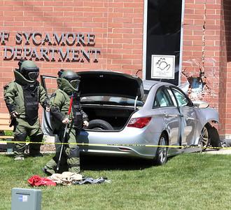 052621 Car crash into police station