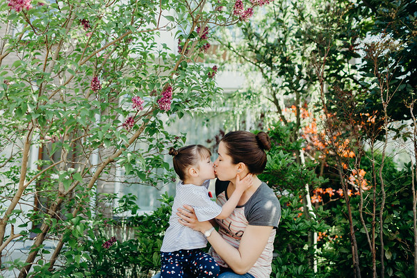 AVA & SAREN   FAMILY   5.4.2018