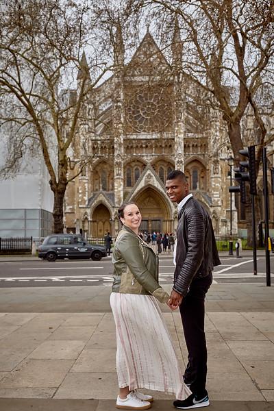 London-photo-shoot-westminster-buckingham-palace-Tower-bridge-black-cab-taxi 17.jpg