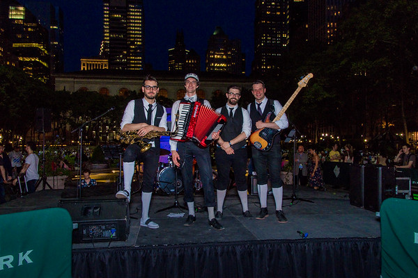 2017-05-17-Polka Brothers in Bryant Park New York