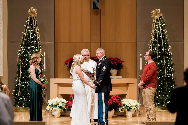 diane-ron-hughes-metro-detroit-wedding-0100.jpg