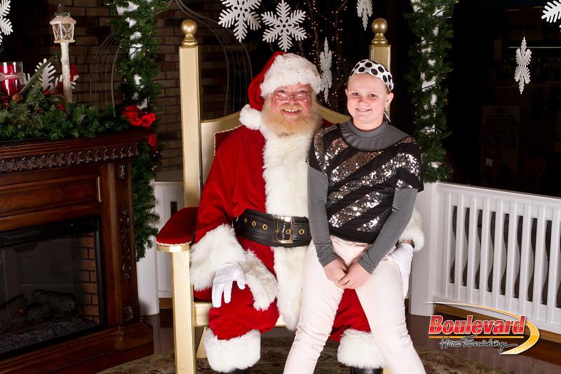 Santa Dec 15-122.jpg