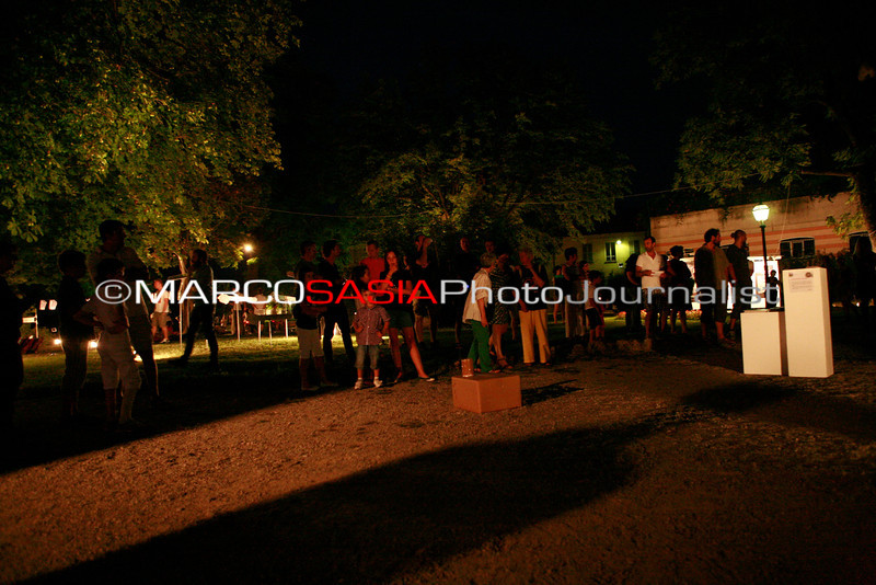 0117-ZooArt-03-2012.jpg