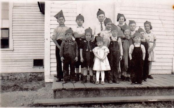 kids in paper hats.jpeg