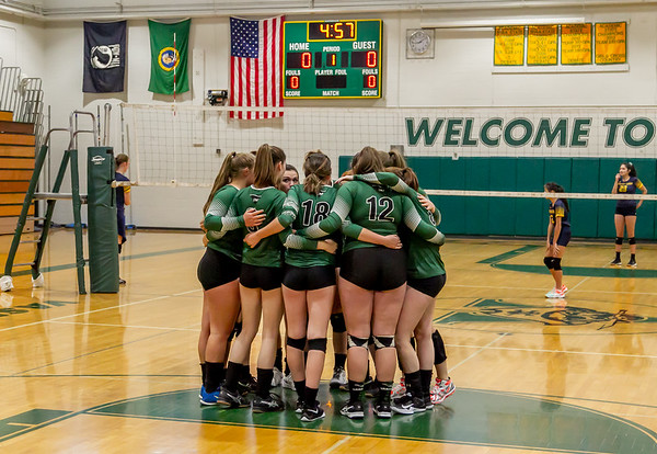 Vashon Island High School Varsity Volleyball v Annie Wright 09/26/2018
