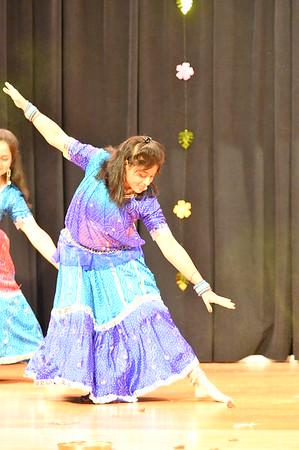 Dance 15 - Holi Song Medley
