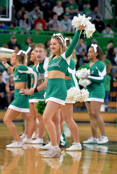 cheerleaders6911.jpg