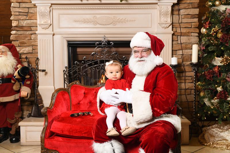 Santa2018.TylerBoye.-211.jpg