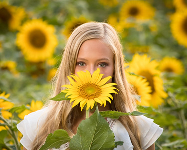 2020 Leah Foskey in Sunflowers