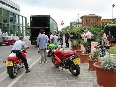 Motogiro d'Italia: May 2005