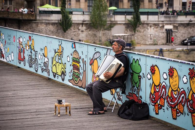 Accordion Player on Pont des Artes