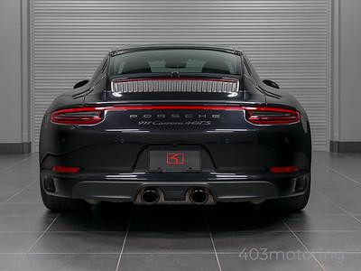 '17 911 Carrera 4 GTS - Jet Black Metallic