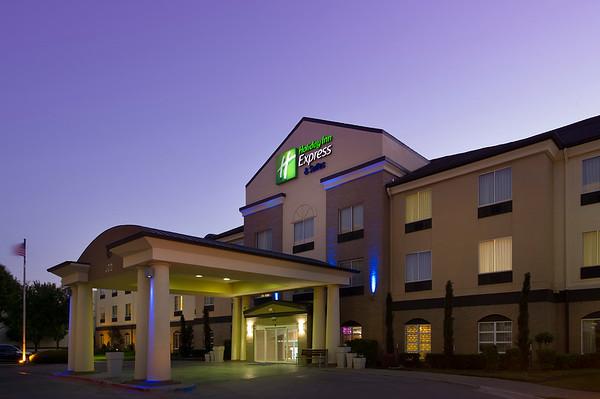 Holiday Inn Express - Grapevine, TX (DFW Airport)