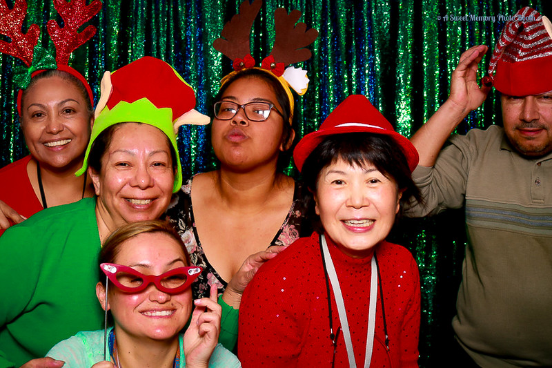 Medtronic Holiday Party -341.jpg