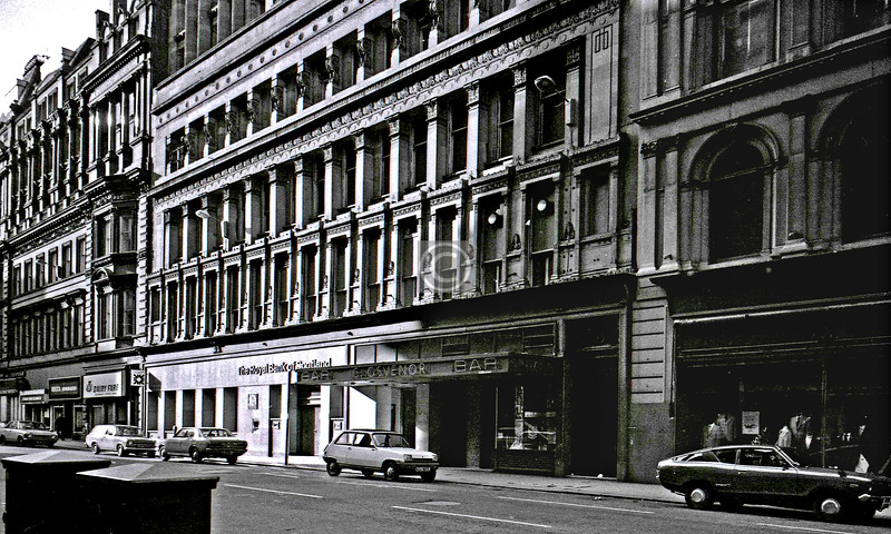 Gordon St, north side opposite Central Station. The Grosvenor Building (1862) by Alexander Thomson was a speculative venture with his brother, and it almost ruined them. 