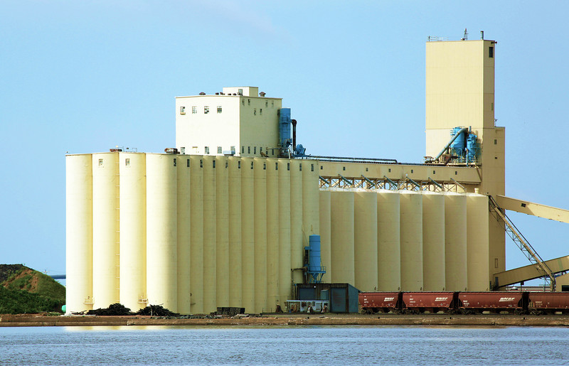 We set out for Bayfield, WI, the next day and get closer looks at the great Duluth grain silos.