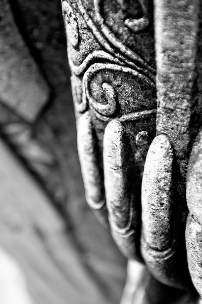 Fingernails of a statue in the Wat Pho in Bangkok. It was a Chinese statue of a man, evidently used as ballast when shipping things to Thailand and given as a gift.
