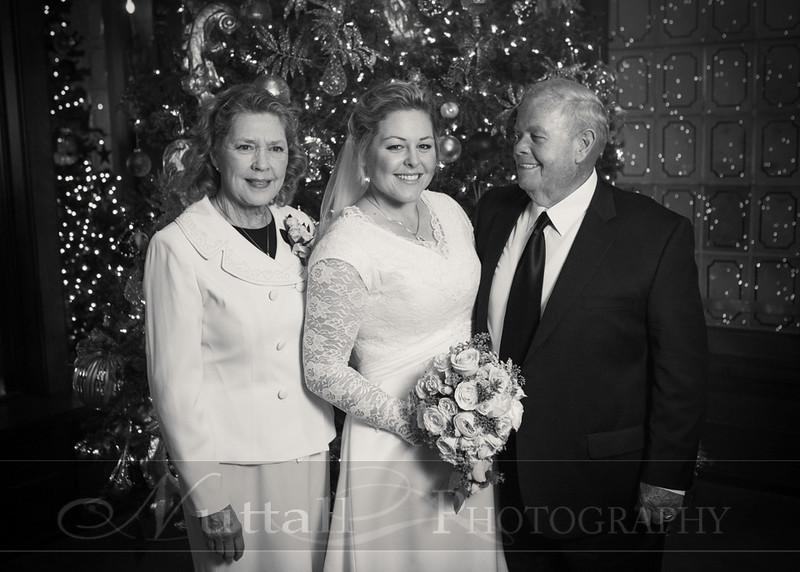 Lester Wedding 118bw.jpg
