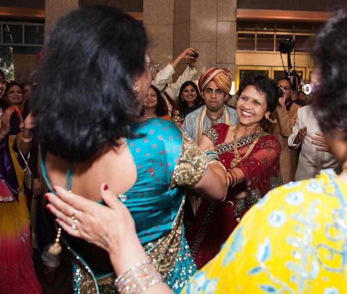 Shikha_Gaurav_Wedding-525.jpg