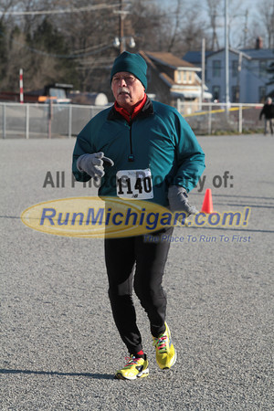 5K Finish Gallery 4 34:54 to 46:45 - 2013 Jingle Bell Run for Arthritis Northville